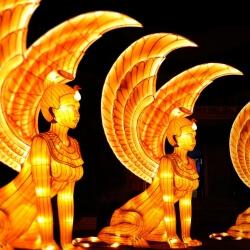 Magische Lichterwelten Bühnenbild
